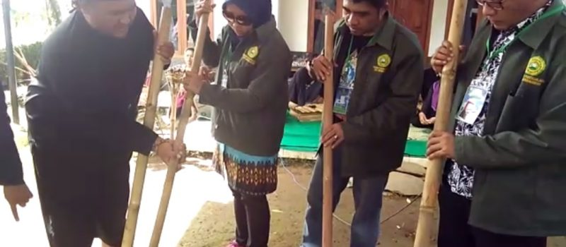 Kegiatan Studi Komparasi Program Magister di Kampung Banceuy Subang